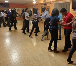 salsa class picture